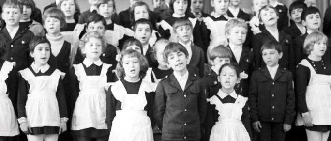 Schuluniform in der Sowjetunion 1978